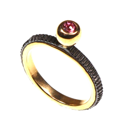 Ring - 18ct, Iron and Tourmaline