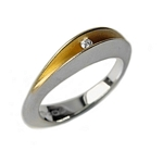 Ring Partially Slit Shell Ring with 3pt Diamond